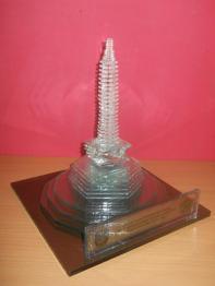 Miniatur Bentuk Tugu Malang 500rb, Kerajinan Kaca datar, kerajinan kaca bekas, jual kerajinan kaca, kerajinan kaca, https://jualkerajinankaca.wordpress.com/